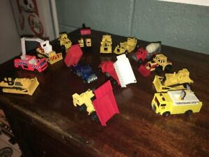 1:87 CONSTRUCTION FIRE RESCUE SET MATCHBOX HOT WHEELS 14 VEHICLES!
