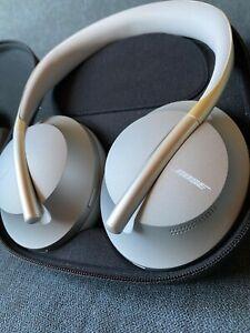Bose Noise Cancelling Headphones 700 Silber sehr gut erhalten