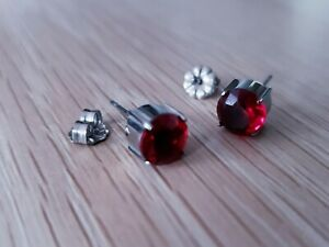 New Titanium Red Stone Prong Earring Set