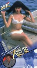 Inkworks Women Of James Bond Widevision Base Card #69 Beauties On The Beach