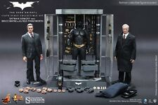 New Hot Toys Batman Armory with Bruce Wayne & Alfred Dark Knight MMS236 manège