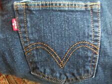 Levis Womens Size 8M (Actual 30x32) 505 Straight Leg 98/2 Spandex Jeans