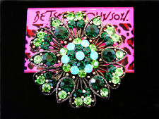 flower Charm Woman Brooch Pin Betsey Johnson Lovely Fashion crystal