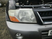 MITSUBISHI SHOGUN PAJERO 3.2 DID HEADLIGHT LAMP DRIVER SIDE MK3 1999 - 2006