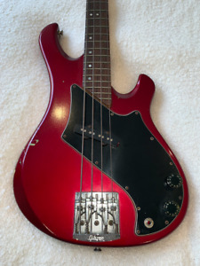 Gibson Victory Bass - Candy Apple Red - Original!