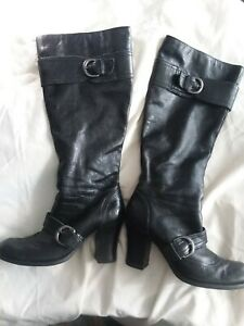 BORN WOMEN BOOTS SIZE 8.5 BLACK LEATHER CALF 15 INCH,3 1/4 HEELS,Block heels.