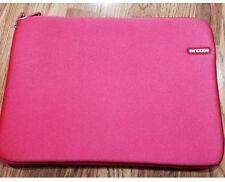 """Incase 15"""" Neoprene MacBook Pro Sleeve- Hibiscus- New"""