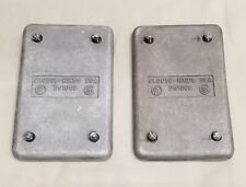 (2) CROUSE-HINDS DS100G Blank Cover Aluminum 1-Gang Blank Cooper
