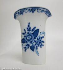 Hutschenreuther-Porzellan-Vasen mit Blumen-aus