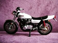 1/24 AOSHIMA Kawasaki SHONEN Custom Bike Collection Part.3 ZII White