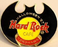 Hard Rock Cafe YOKOHAMA 1997 HALLOWEEN PIN Black Vampire BAT w/ HRC LOGO #10603