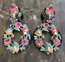 VINTAGE  BOLD STUNNER PAIR OF EXCEPTIONAL FLOWER CLIP EARRINGS BEAUTIFUL!!