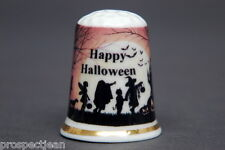 Happy Halloween Boxed Set of 3 China Thimbles B//187