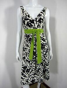 Ann Taylor NWT Short Sleeve V Neckline Sz 8 Dress GREEN Belt Black White 240