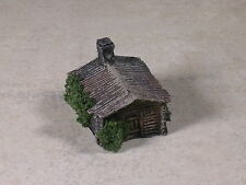 Z Scale Hunting Camp Log Cabins weathered