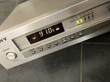 Sony ST-J60 Stereo FM Analog-Digital Tuner.