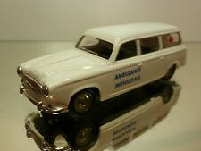 VEREM PEUGEOT 403 AMBULANCE MUNICIPALE - WHITE 1:43 - VERY GOOD CONDITION