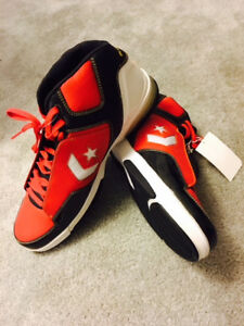 Brand new Convers mens basketball shoes limited edition