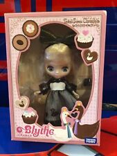 Petit Blythe Saint Swan Chocolate Doll Black White Dress Blonde Hair Ltd Edition