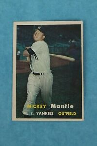 1957 TOPPS #95 MICKEY MANTLE NEW YORK YANKEES BASEBALL TRADING CARD EX-COND