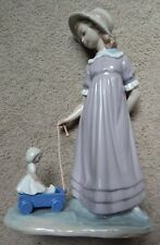 LLADRO FIGURINE #5044~GIRL PULLING WAGON WITH DOLL~BEAUTIFUL MINT CONDITION!!!