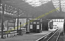 Knottingley Railway Station Photo. Pontefract to Whitley Bridge & Womersley. (2)