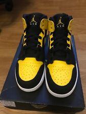 Jordan Retro 1 New Love Size 5
