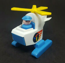 Vintage Fisher Price Little People Helicoptor & Pilot - 945 Offshore Cargo Base