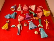 Ramdom Lot of Disney Princess Figures and Clothes Jasmine Cinderella Snow White