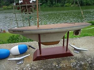 Pond boat  old 20 inched all wood white    Golden wedding  /stand