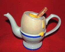 Théière en céramique. L'Oeuf à la Coque. Céramique anglaise 1989. Hauteur 19 cm