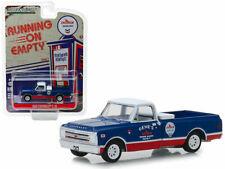 "1968 CHEVROLET C-10 ""CHEVRON"" PICKUP TRUCK 1/64 DIECAST CAR GREENLIGHT 41070 C"