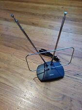 LOT of 100 RCA Indoor HDTV Antenna ANT111 UHF GREAT Retail at Wholesale cost VHF