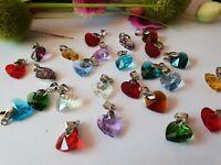 10 Anhänger für Kette Herz Glas bunt  + 10 Halsketten aus Kautschuk schwarz MIX