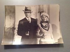 "FAYE DUNAWAY - WARREN BEATTY  "" BONNIE AND CLYDE ""  - PHOTO DE PRESSE  13x18cm"