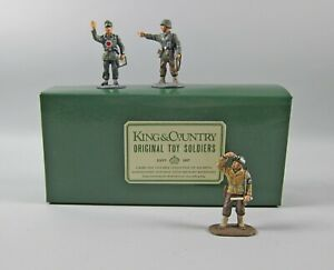 King & Country WS05 2 WWII German Military Police in Box + 1 Yanks MP