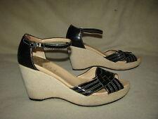 COLE HAAN Nik Air Sz  8 B Black Leather Wedge Sandals Ankle Strap Peep Toe