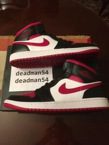 *New* [sz.12 U.S.] Nike Air Jordan 1 Mid Bred Toe 554724-066 Noble Red