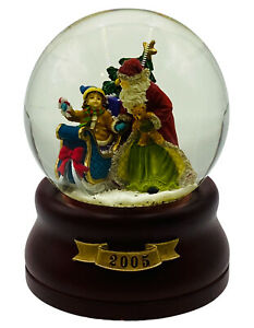 """Musical Snow Globe Santa Child Have Yourself a Merry Little Christmas 2005 5.5"""""""