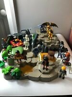 Playmobil dragon knights bundle/ Scenary  / 2 x Carry Cases/ Accessories