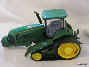 Britain's ERTL John Deere 8430T Tracked Tractor Collectible Farm Model 1:32