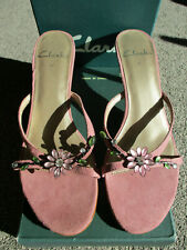 BRAND NEW IN BOX SIZE 4.5 'SHARINA' CLARKS PINK FAUX SUEDE MULES HEELS SANDALS