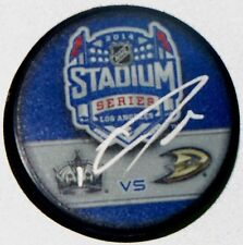 DWIGHT KING Signed LA KINGS STADIUM SERIES HOCKEY PUCK!! MAKE OFFER ! 1002420