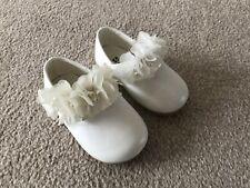Baby Girls White Christening / Pram Shoes - Size 9-12 months: 13cm
