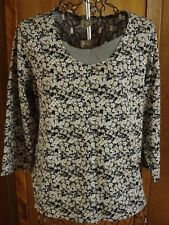 Womens XL 16-18 White Stag Blk/Gry/Khaki/White Floral Top