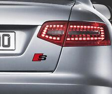 2 x Audi S-line Aufkleber für Kofferraum A3 A4 A5 A6 A7 S4 RS TT Q7 Emblem LogoS