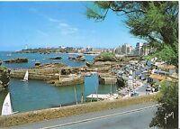 France Postcard - Vue d'Ensemble Sur Biarritz Et Le Port Des Pecheurs   SM140