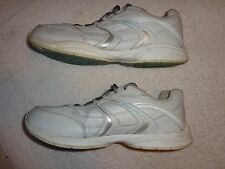 Champion WHITE SHOES WOMENS SIZE 9 1/2