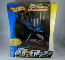 Hot Wheels Formula Fuelers SuperFuel Lab Mix Station Power Mixer & Motorcycle
