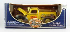 1940 Ford PEPSI-COLA Truck Bank W/ Keys 1:18 Diecast Solido